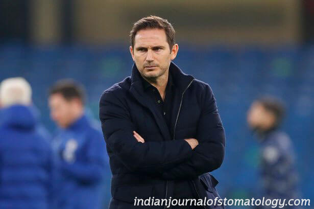 Frank Lampard ถูกไล่ออกโดย เชลซี ครึ่งทางผ่านฤดูกาลที่สองของเขาที่รับผิดชอบ หลังจากไม่สามารถเลียนแบบความสําเร็จของเขาในฐานะนัก